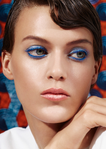 Friseur-Bonn-La-Biosthetique-Make-up-Collection-Spring-Summer-2019-Modern-Blue